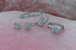Diamond moissanite perfect gem set